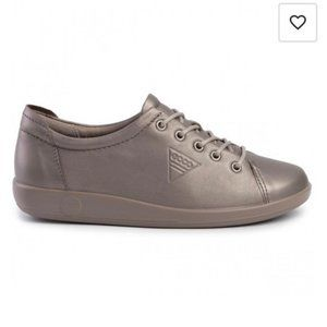 Ecco neutral grey leather sneaker comfy shoes 38
